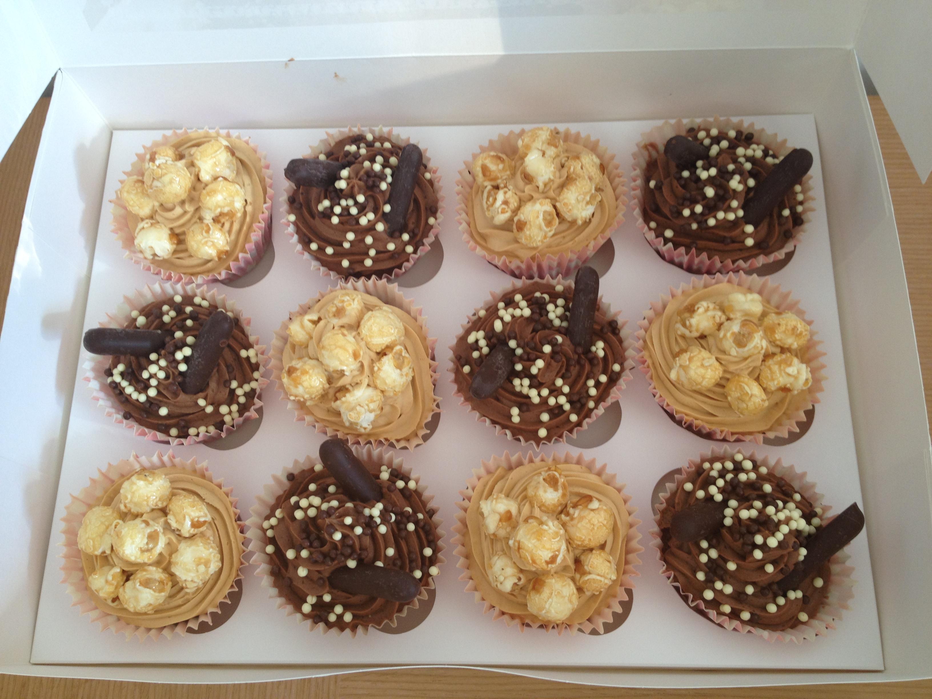 chocolate & caramel cupcakes