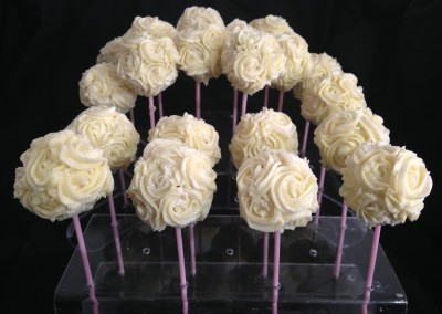 White sparkly rose cakepops